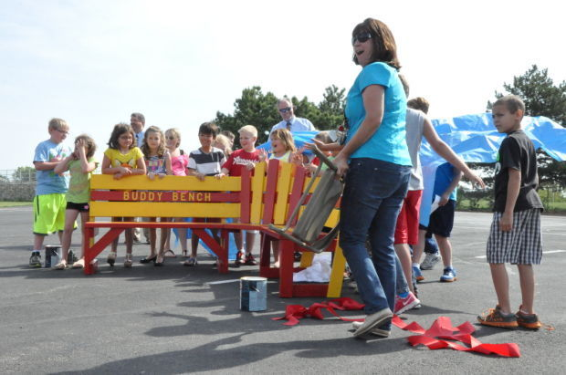 Fairbury students build bench to build friendships