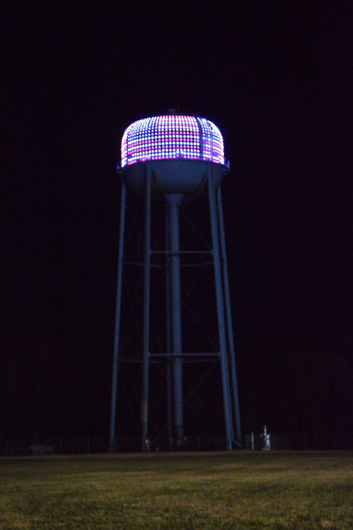 federalsburg lights water tower for