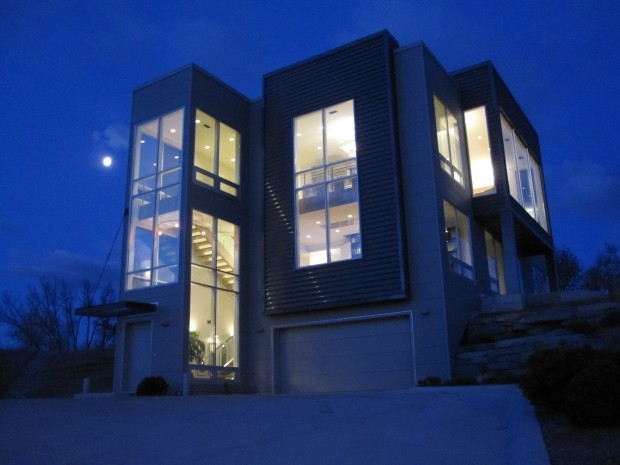 House And Grounds Miller Beach Home Offers Minimalist