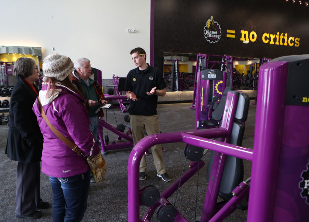 Free Pizza At The Gym Planet Fitness To Deliver At New