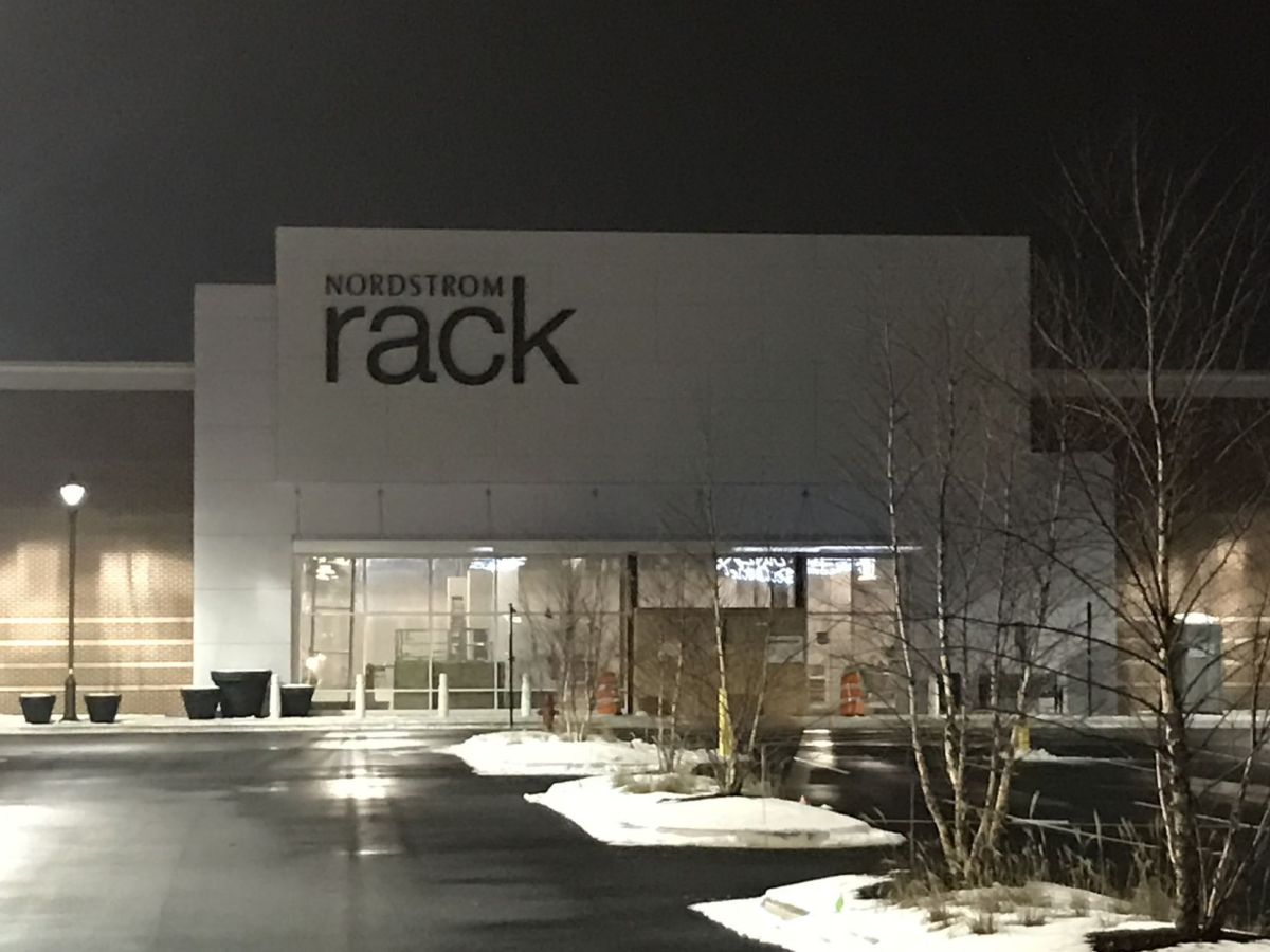 nordstrom rack hiring gets opening