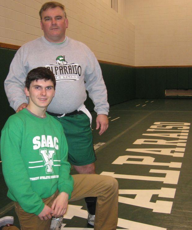 Valparaiso Coach Wrestler Toe The Line In Father Son