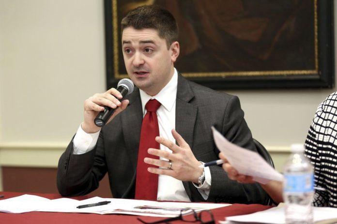 Galvin walks fine line between politics, elections
