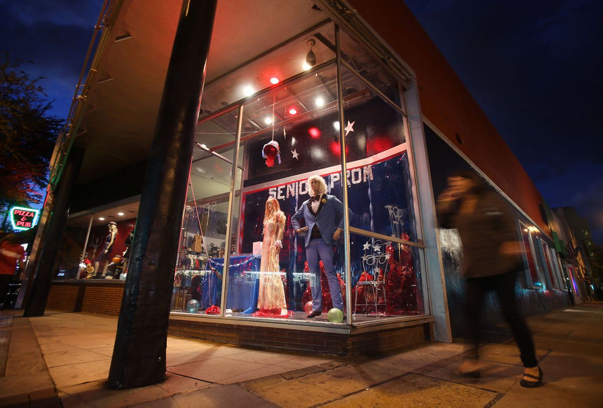 downtown tucson store hydra closing