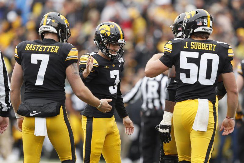 College football: Hawkeyes survive Purdue