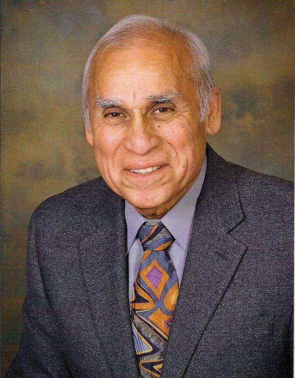 Joe Mendoza MD 1936 2013 El Paso Inc Obituaries