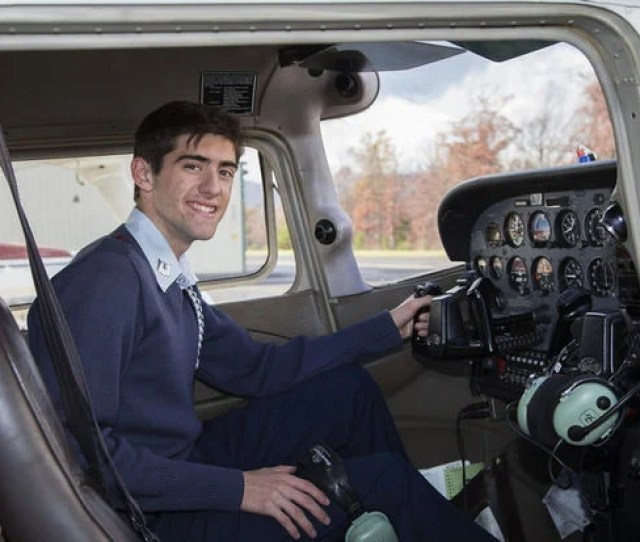 New Market Teen Completes First Solo Powered Flight