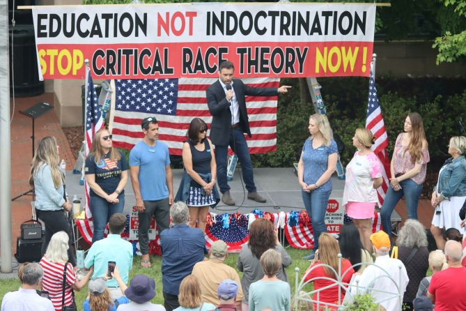 Rally opposing critical race theory held in Leesburg | News | loudountimes.com