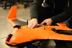 Students build unmanned aricrafts