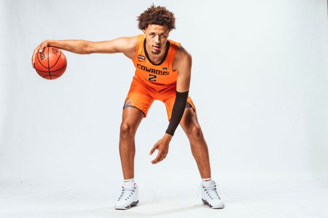 Stepping out: Cade Cunningham becoming a leader with the help of Mike  Boynton | Sports | ocolly.com