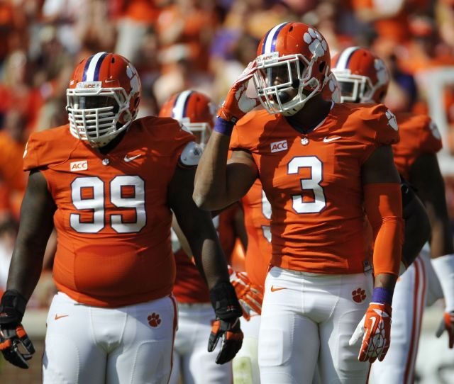 Clemsons Vic Beasley Leaves Nfl Draft Thoughts For A Later Date Chad Morris Jacked