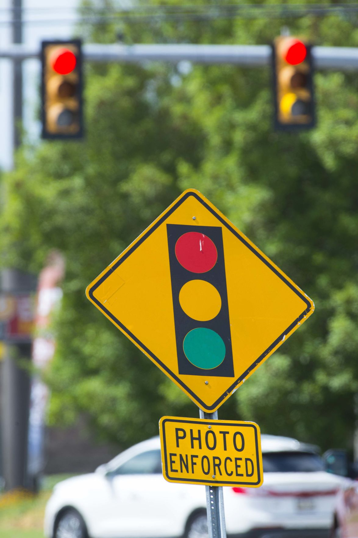 Future Of Baton Rouge S Red Light Cameras Uncertain After