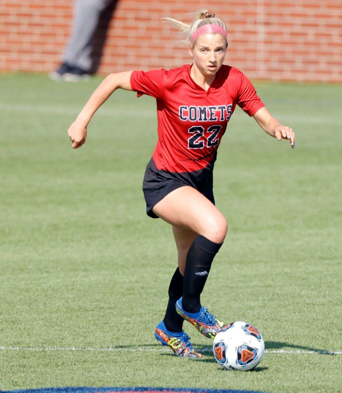Bishop Kelley S Liz Campbell Produces Hat Trick In All State Soccer Win Soccer Tulsaworld Com