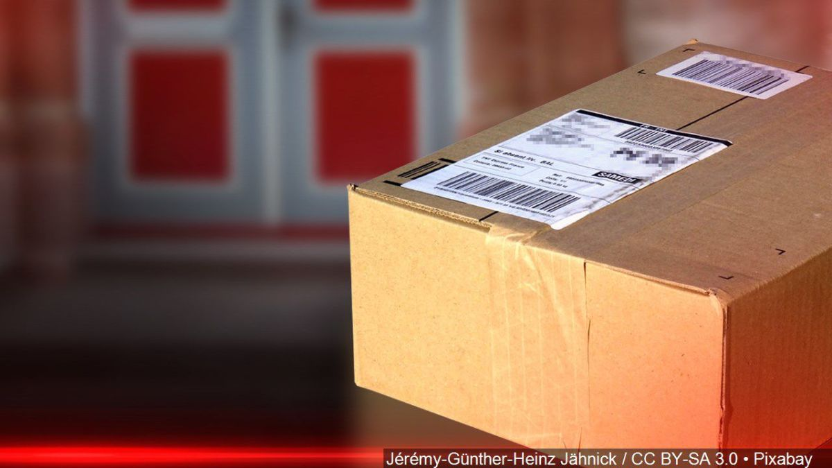 Amazon Packages Stolen Porch Pirates Are Out In Force For Holidays