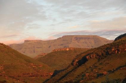 Giants Castle look-alike - sunrise