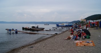We did a day-trip to Listvyanka at the Baikal lake an hour from Irkutsk. It felt a lot more crowded and commercial than Olkhon. Had the best coffee I tasted in Russia at a simple plov place there, though.