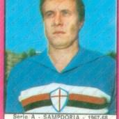 Enrico Dordoni (Genova, 15 maggio 1941) – Terzino destro o sinistro, cresce nella Samp e dal 1964 al 1968 gioca 101 partite in blucerchiato da titolare conquistando anche il campionato cadetto nella stagione 1966-1967.Totale: 111 presenze, 1 gol