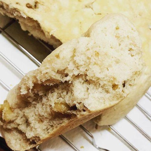 クルミパンも完成しました。焼きたては、ふわふわでした!