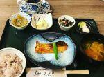 今日のランチは旬の野菜を使ったお魚の日替わりランチです!