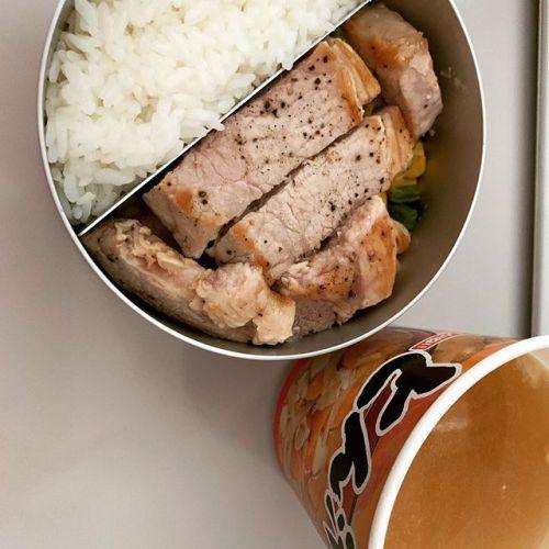 今日のお昼もお弁当ランチです