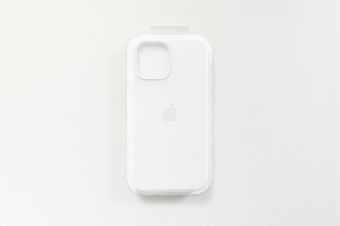iPhone12Pro Maxシリコンケース