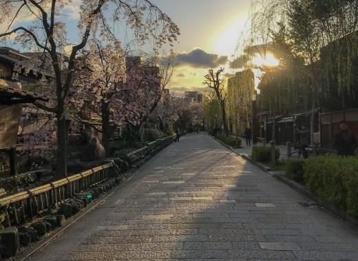 יפן בצל הקורונה