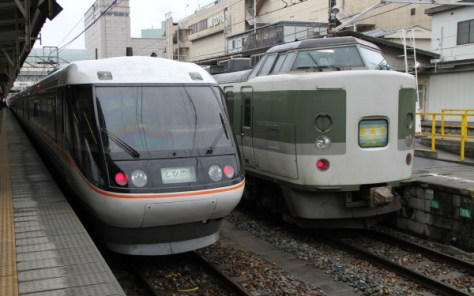 Limited Express Shinano connects Nagoya and Matsumoto, Nagano.