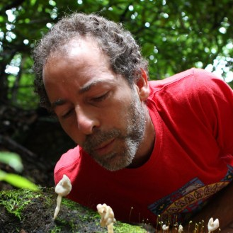 Alan Muskat releasing mushroom spores in the 'wind'