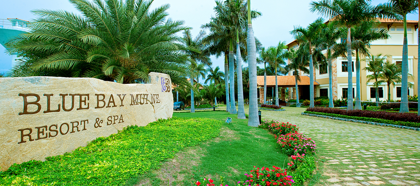 Blue-Bay-Mui-Ne-Resort-Spa_Entrance