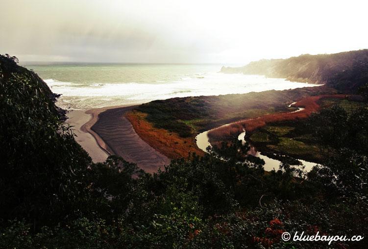 Blick auf den Playa de Barayo und mein überflutetes Tal des Grauens.