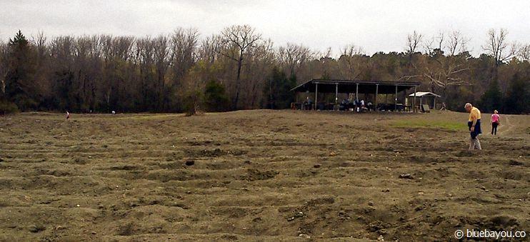 Das Gelände, auf dem sich im Crater of Diamonds State Park in Arkansas Diamanten verstecken können ist riesig.