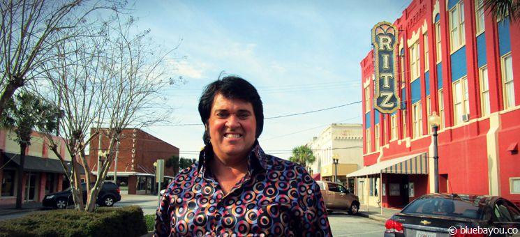 """Ernie Hefferon: Sieger des """"Non-Pro""""-Ultimate-Elvis-Contests während des Georgia Elvis Festivals 2015."""