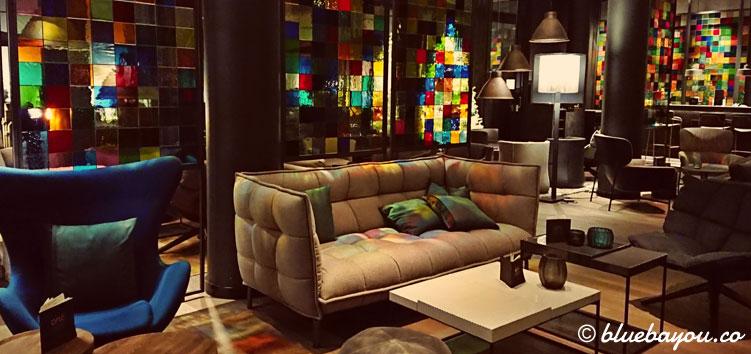 Die One Lounge des Motel One Köln-Neumarkt.