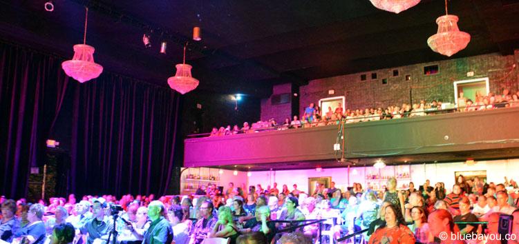 Das Publikum am 9. August 2015 während der Elvis Week im New Daisy Theater Memphis.