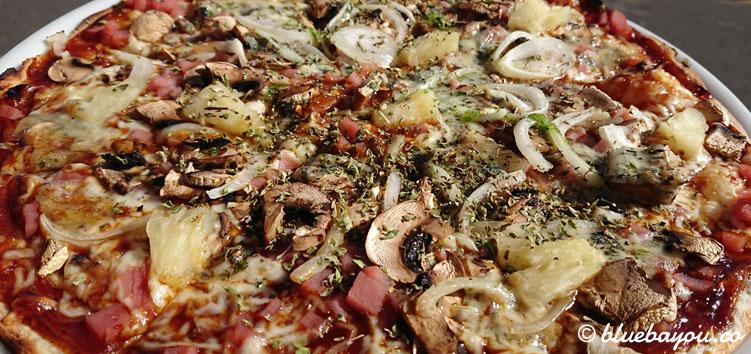 Meine Wunschpizza in der Pizzeria C'Masita II in El Pagador auf Gran Canaria.
