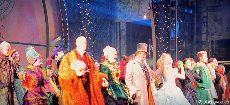 Wicked Musical: Standing Ovations für die Darsteller.