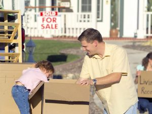 Point Pleasant movers - a father and a daughter with a cardboard box