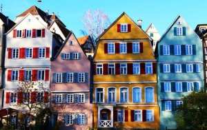 A several colorful buildings