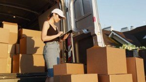 choose an owner-operated moving company when moving to Clifton NJ and let them pack you