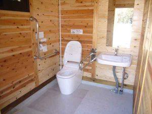 トイレ室内