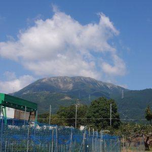 伊吹山の麓
