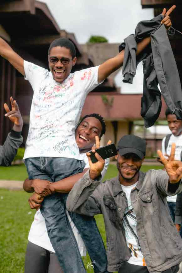 UNIBEN Faculty Of Engineering Students  Sign Out In Style.
