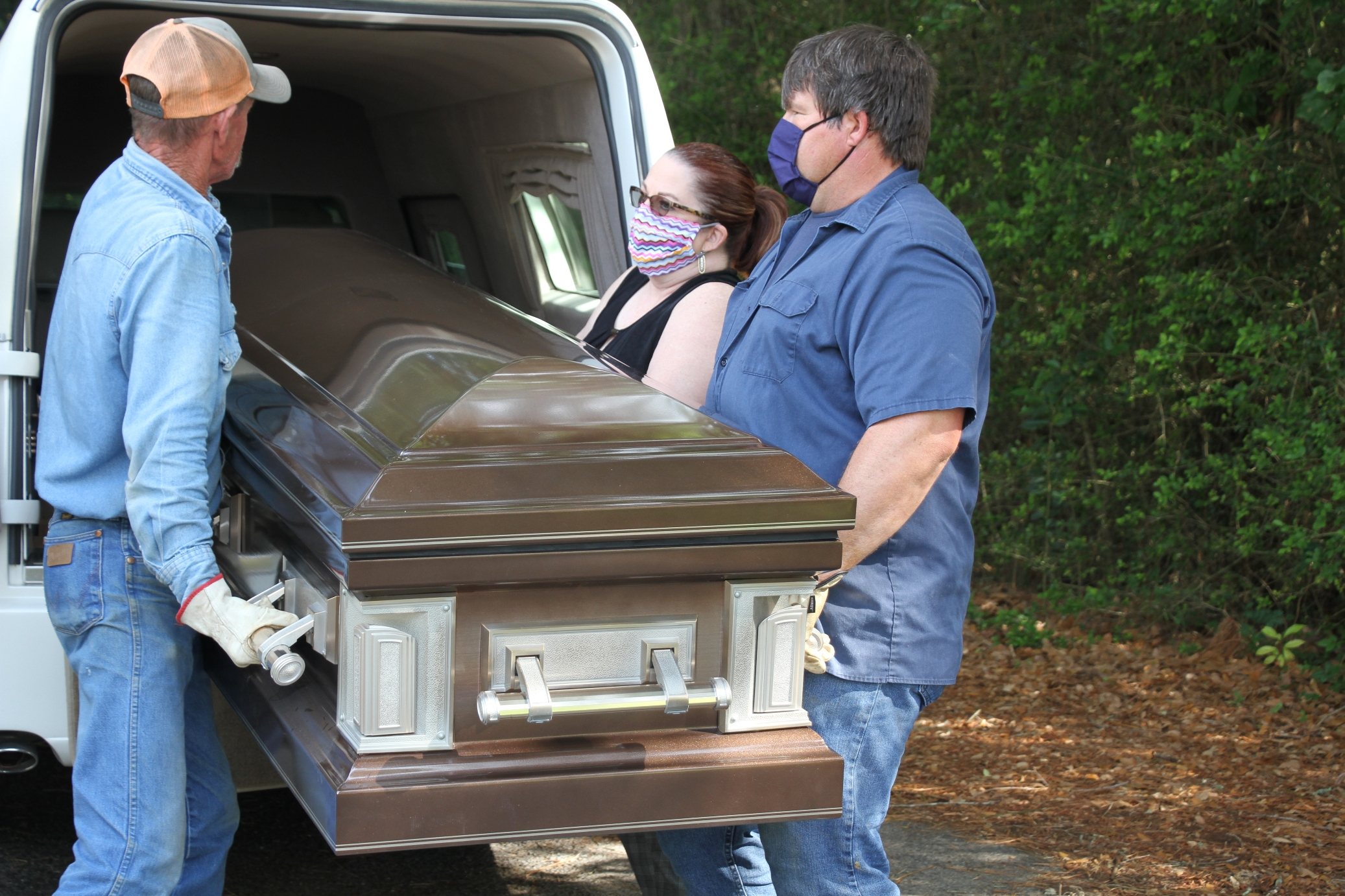 Local funeral homes adapting to pandemic challenges | Bluebonnet News