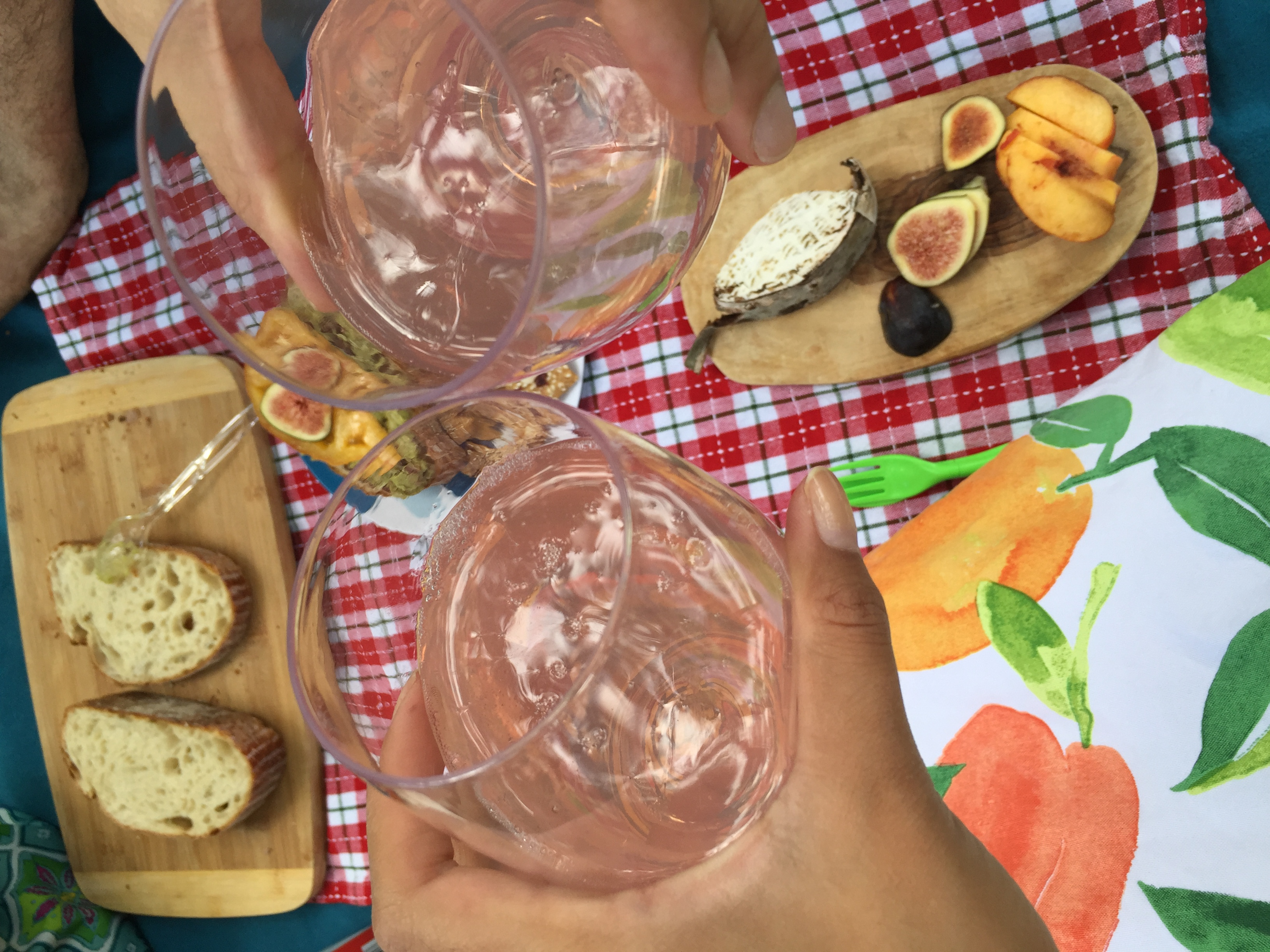 cheers! lemonade with govino glasses