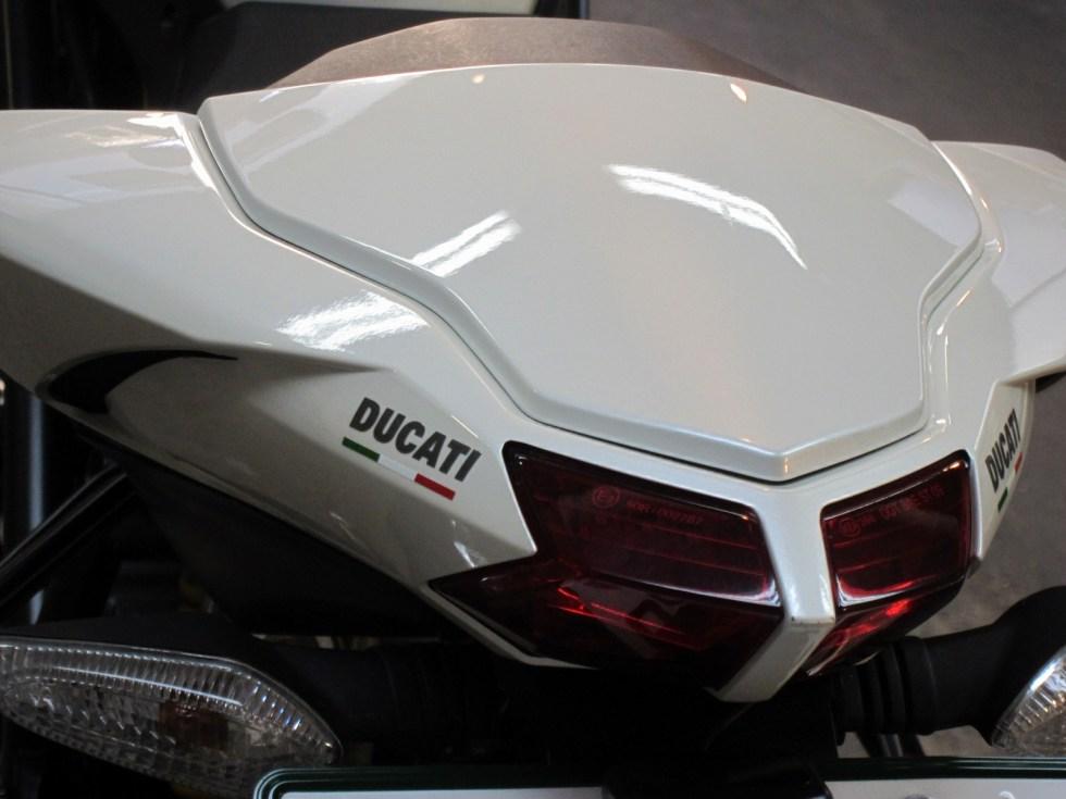 20130221-ducati-streetfighter-11