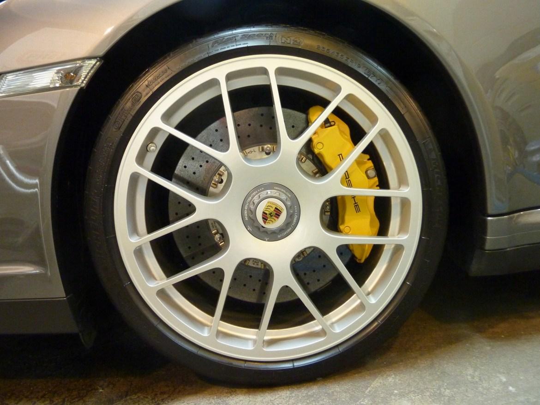 20140131-porsche-911-turbos-09