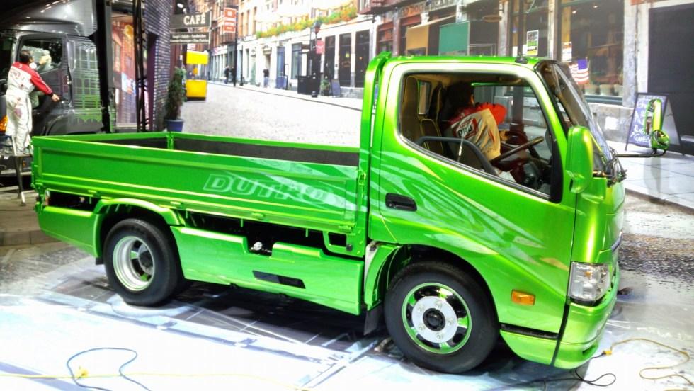 20150109-tokyo-auto-alon-12