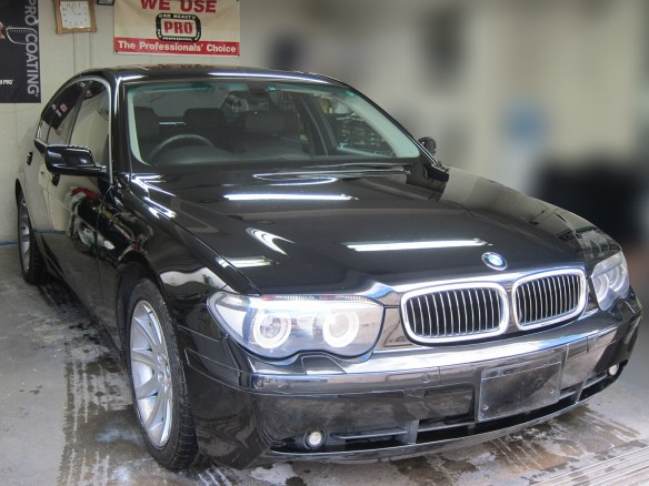 20160518bmw-745i-headlight-cleaning-01