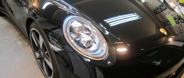 ソリッドブラックの磨き!ポルシェ 911 カレラ S 50Thアニバーサリー ガラスコーティング