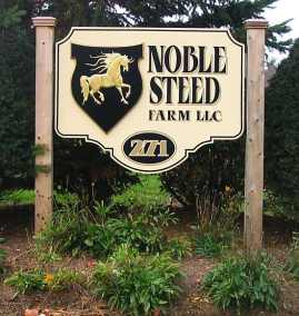 noble-steed-farm-sign-installed